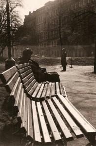 02-Prague-au-jardin-2-Tchecoslovaquie-avril-1968