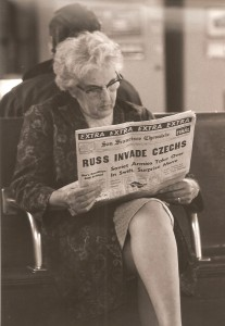 16San-Franciso-Etats-Unis-San-Francisco-Chronicle-le-jour-de-linvasion-de-la-hecoslovaquie-22-aout-1968